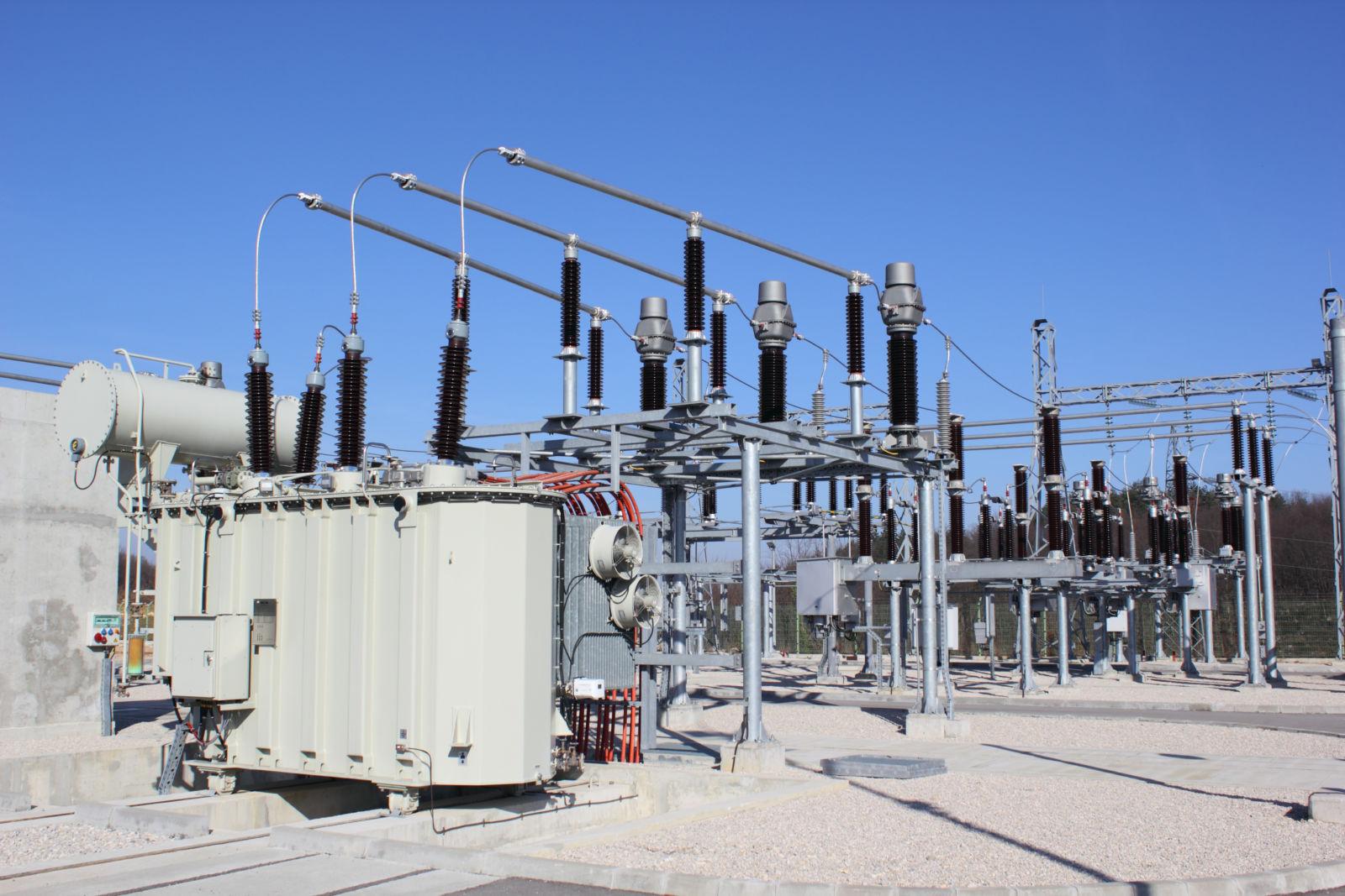 High voltage substation