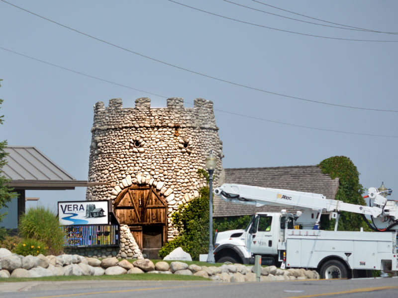 Vera castle pump house